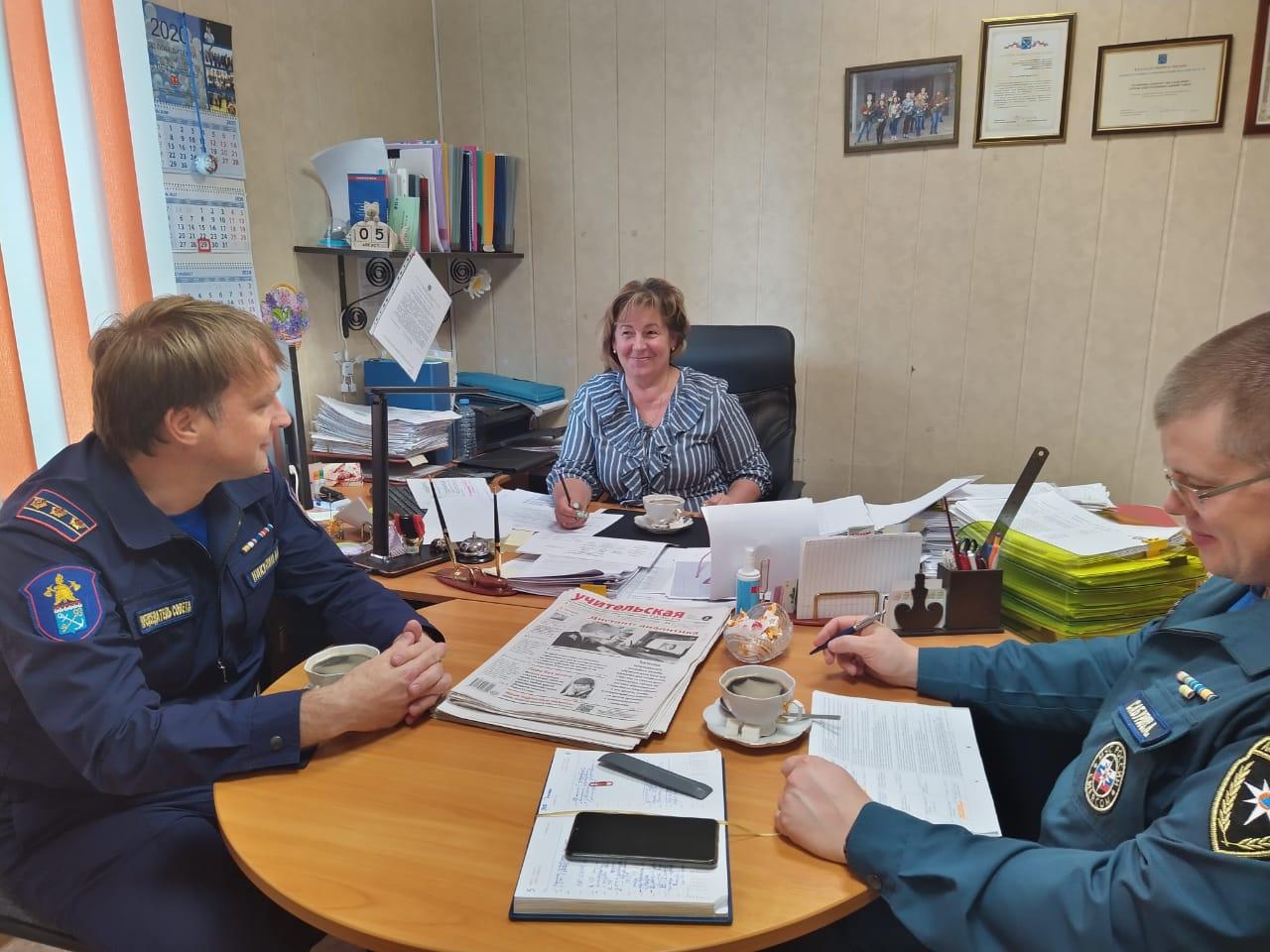 В Кировске состоялось совещание по подготовке к новому учебному году
