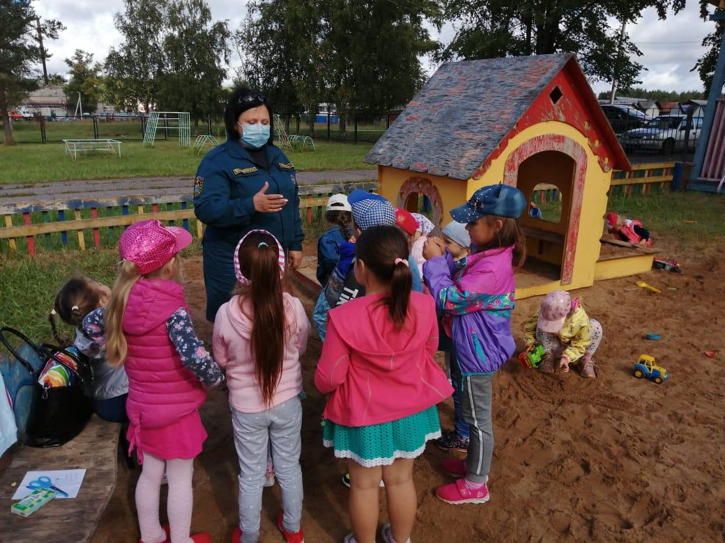 Ребятишки из п. Гладкое вспомнили правила пожарной безопасности